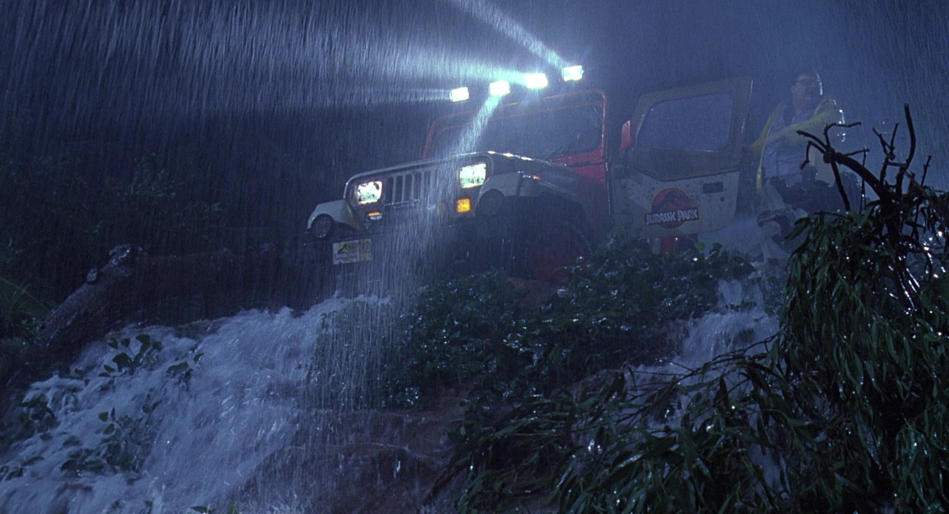 Jeep Wrangler Cars In Jurassic Park on 2015 Cadillac Escalade