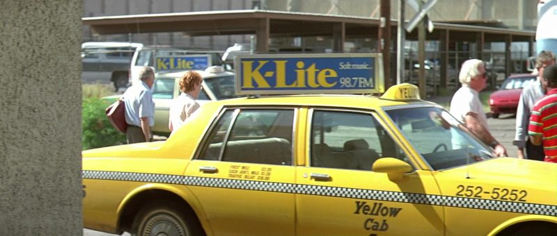 K-Lite Soft Music Radio 98.7 FM in The Getaway (1994) Movie Product Placement