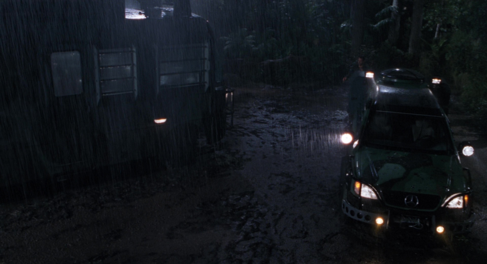 Mercedes-Benz ML-Class Cars in The Lost World: Jurassic ...