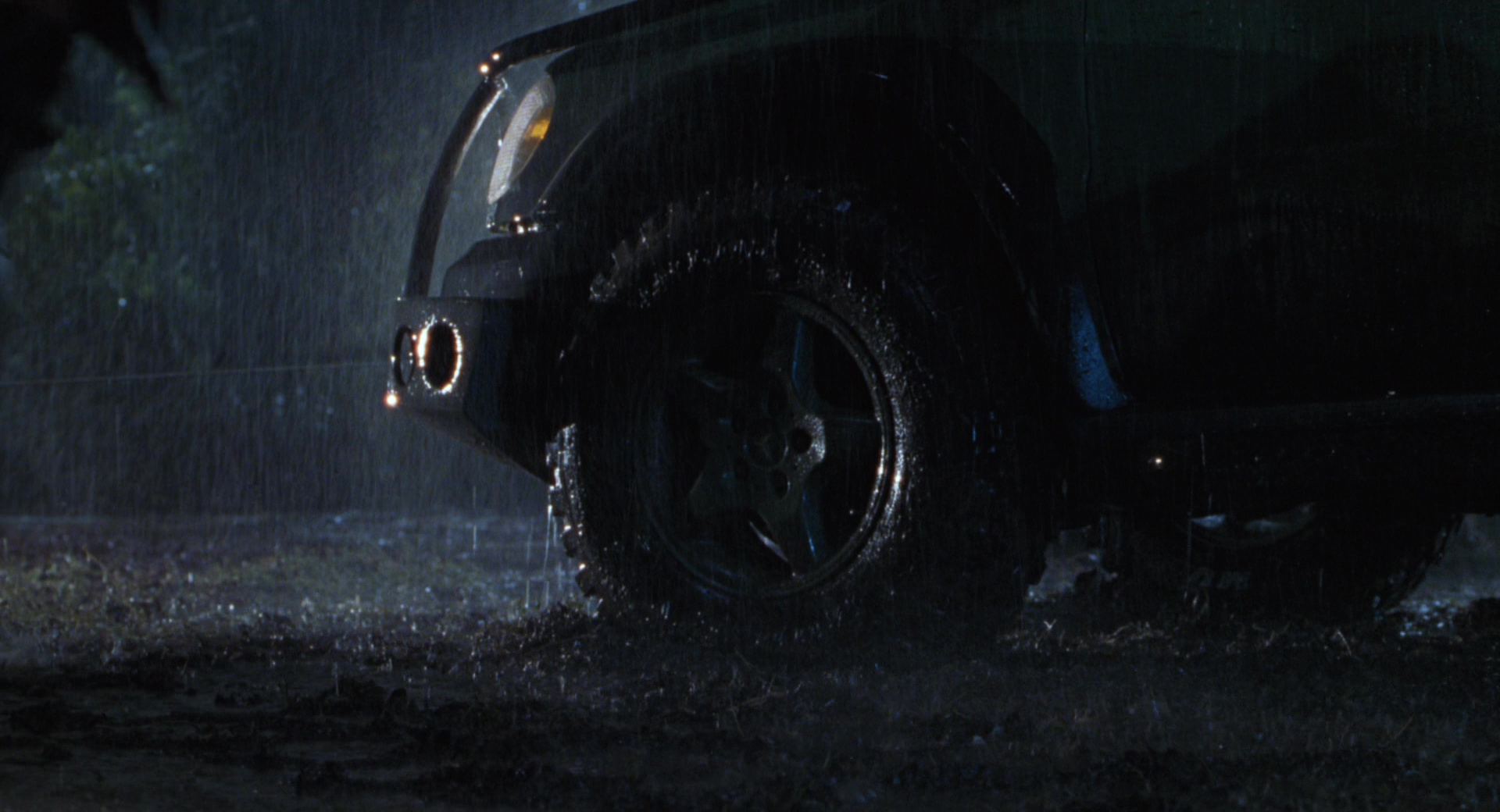 Mercedes Benz Ml Class Cars In The Lost World Jurassic Park on 1997 Dodge Truck