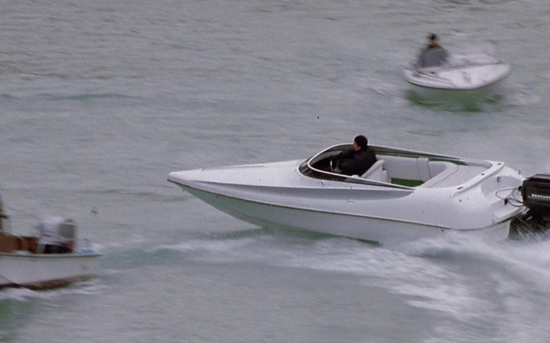 Mercury Marine Outboard Motors in The Italian Job (2)