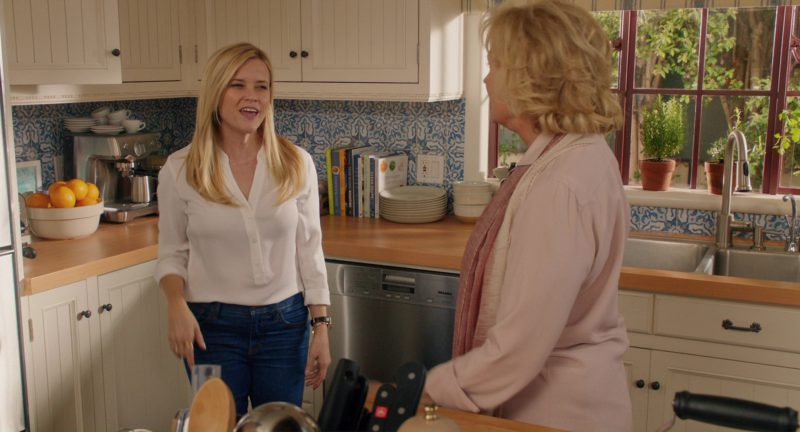 Miele Dishwasher Used by Reese Witherspoon in Home Again (2017) - Movie Product Placement