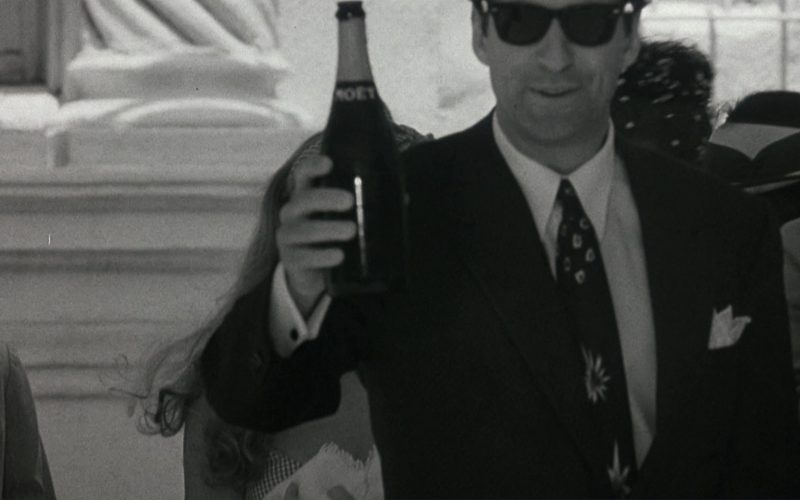 Moët & Chandon Champagne in The Marrying Man (3)