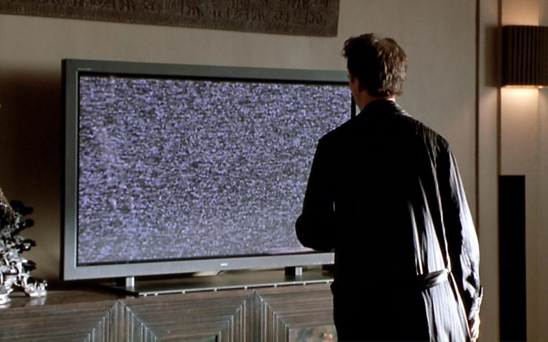 NEC TV Used by Edward Norton in The Italian Job (1)