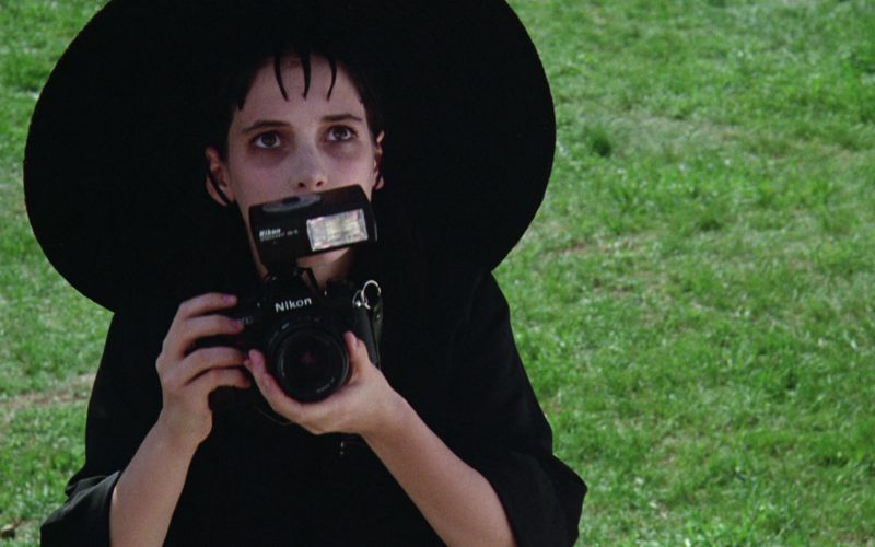 Nikon Photo Camera Used by Winona Ryder in Beetlejuice (5)