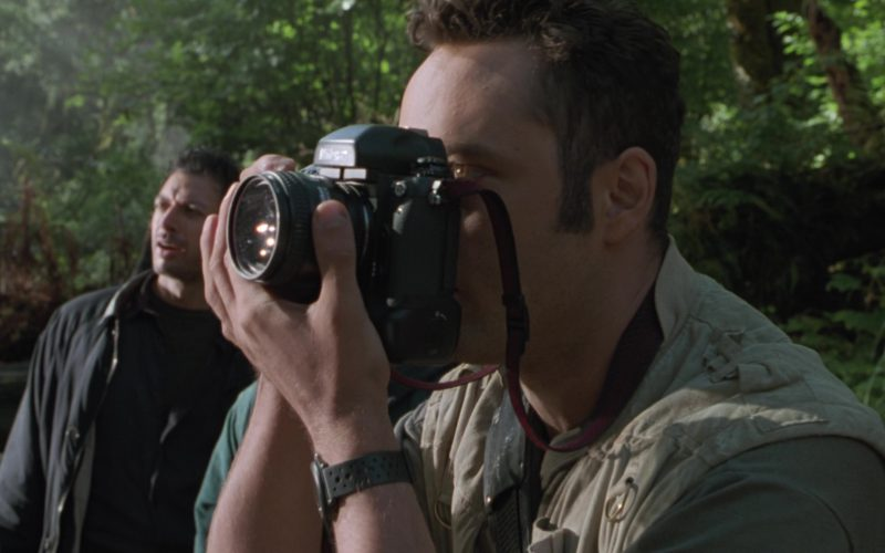 Nikon Photo Cameras Used by Vince Vaughn in The Lost World Jurassic Park (1)