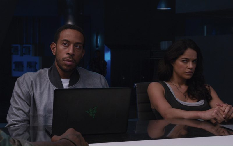 Razer Notebook Used by Ludacris (Christopher Brian Bridges) in in The Fate of the Furious (5)