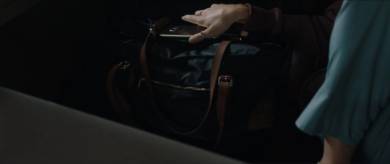Samsung Galaxy Android Smartphone Used by Clara Lago in The Commuter (2018) - Movie Product Placement