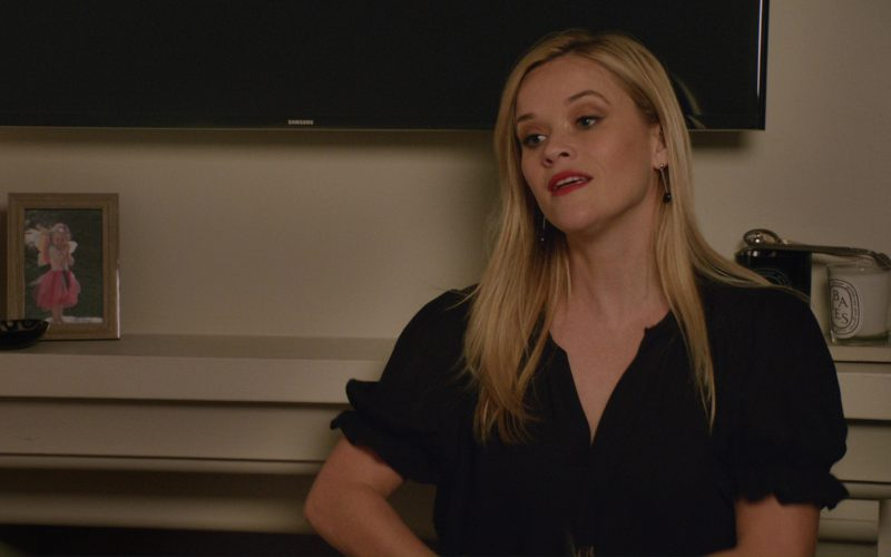 Samsung TV Used by Reese Witherspoon in Home Again (2)