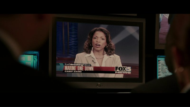 Samsung TV and Fox Channel in The Sentinel (2006) - Movie Product Placement