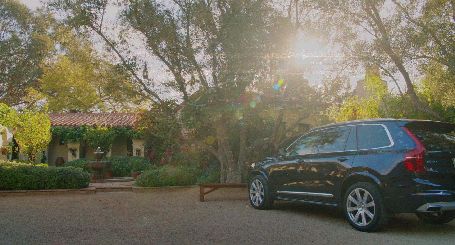 Volvo Xc90 Car Driven By Reese Witherspoon In Home Again