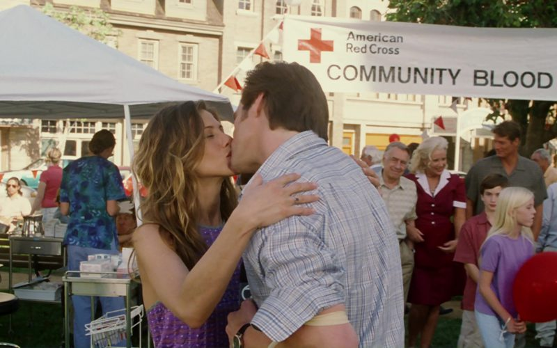 American Red Cross in Bruce Almighty (5)