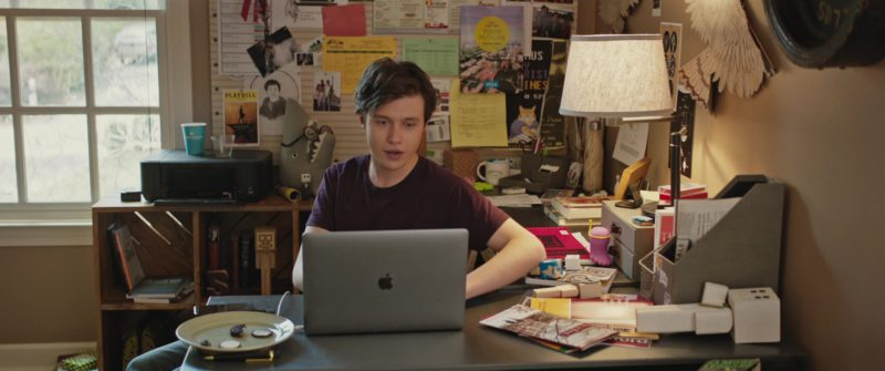 Apple MacBook Pro 15-inch Laptop with Touch Bar Used By Nick Robinson in Love, Simon (2018) - Movie Product Placement