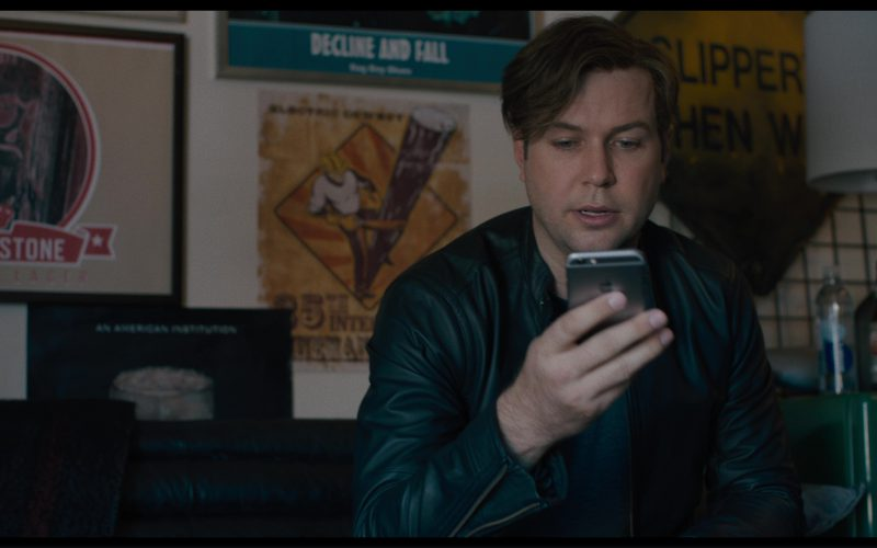 Apple iPhone Used by Taran Killam in Killing Gunther (2)