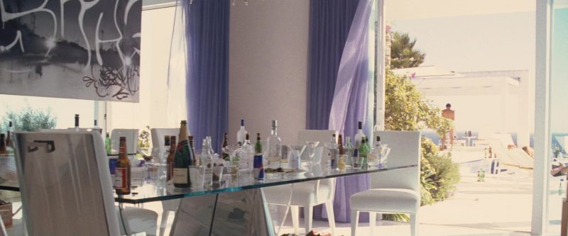 Budweiser Beer, Moët Champagne and Red Bull Cans in Ocean's Twelve (2004) Movie Product Placement