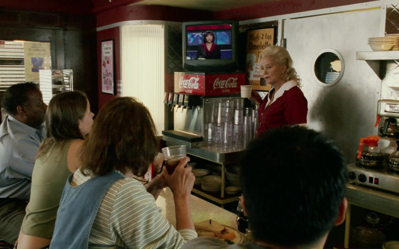 Coca-Cola in Bruce Almighty (3)