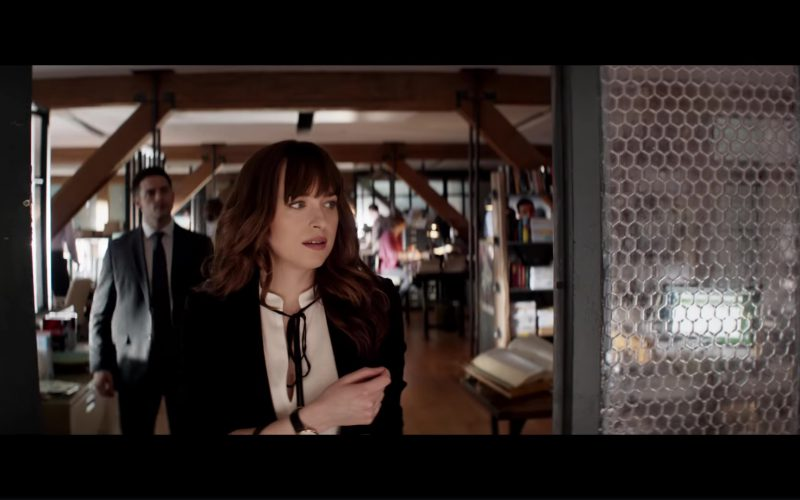 Derek Lam Sleeve­less Blouse With Front Ties and Is­abel Marant 'Math­is' Blazer Worn by Dakota Johnson (Anastasia Steele) in Fifty Shades Freed (1)