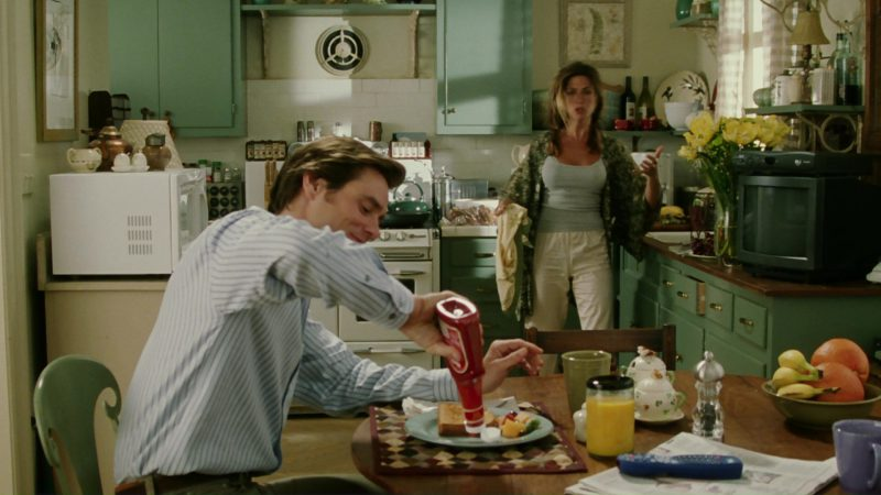 Hunt's Ketchup and Jim Carrey in Bruce Almighty (2003) - Movie Product Placement