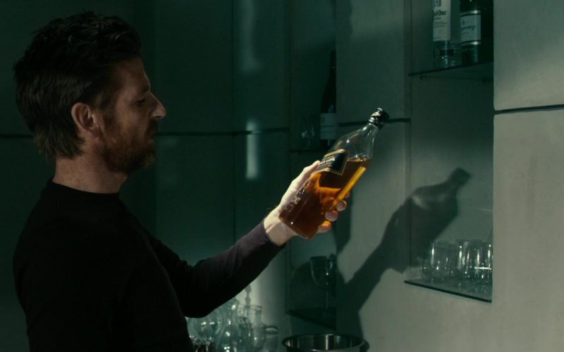 Johnnie Walker Black Label Scotch Whisky Bottle in 24 (1)