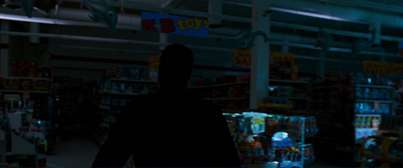 KB Toys Store in Ocean's Thirteen (2007) - Movie Product Placement
