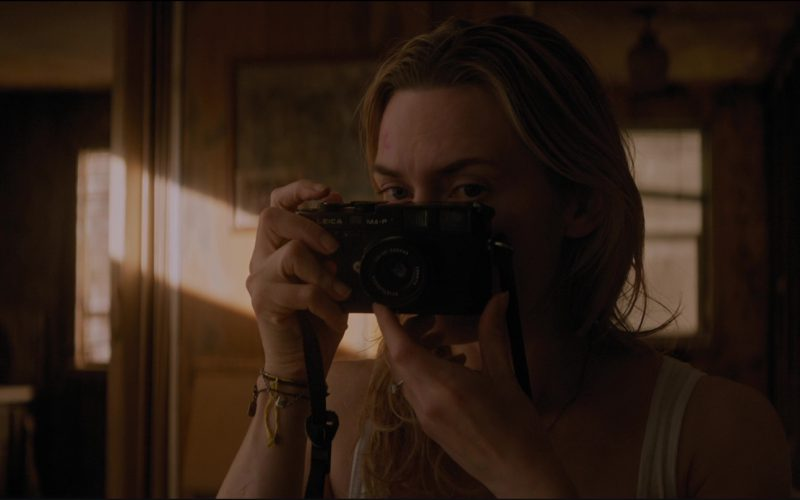 Leica Camera Used Kate Winslet by in The Mountain Between Us (1)
