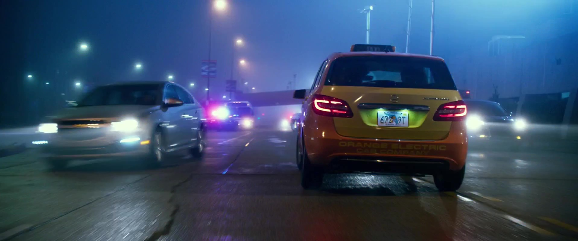 Mercedes benz b class w246 car in geostorm 2017 movie for Mercedes benz training and education
