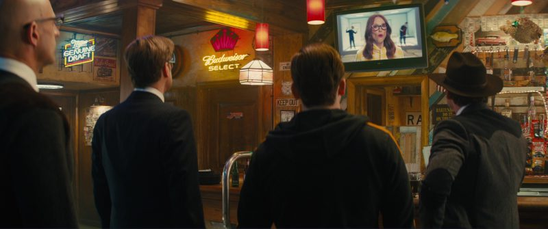 Miller Genuine Draft and Budweiser Select Neon Signs in Kingsman 2: The Golden Circle (2017) - Movie Product Placement