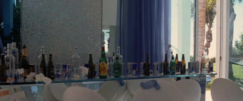 Moët, J&B and Red Bull in Ocean's Twelve (2004) - Movie Product Placement