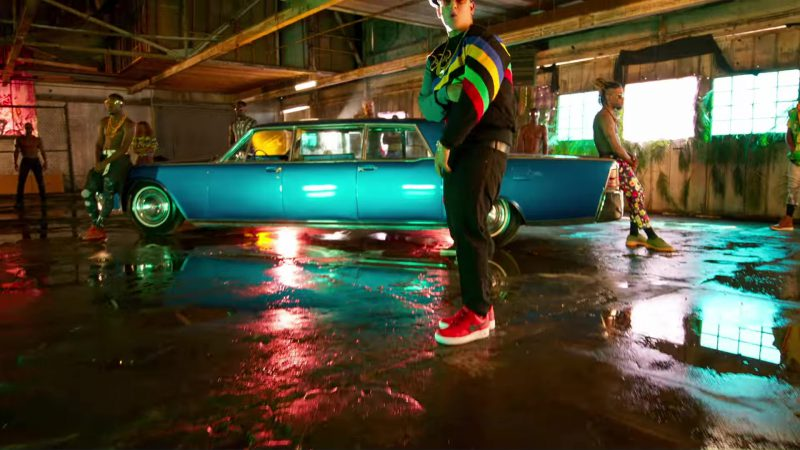 Nike Red Sneakers Worn by Daddy Yankee in Dura (2018) Official Music Video Product Placement