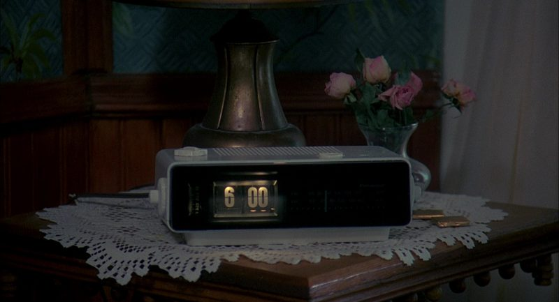 Panasonic RC-6025 Alarm (Radio) Clock Used by Bill Murray in Groundhog Day (1993) - Movie Product Placement