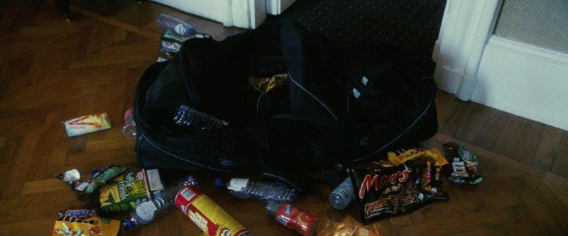 Pringles, M&M's, Mars, Snickers in Ocean's Twelve (2004) Movie Product Placement