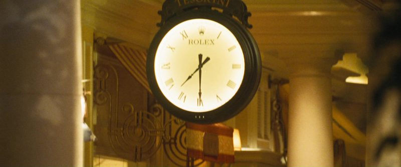 Rolex Clock in Ocean's Eleven (2001) - Movie Product Placement