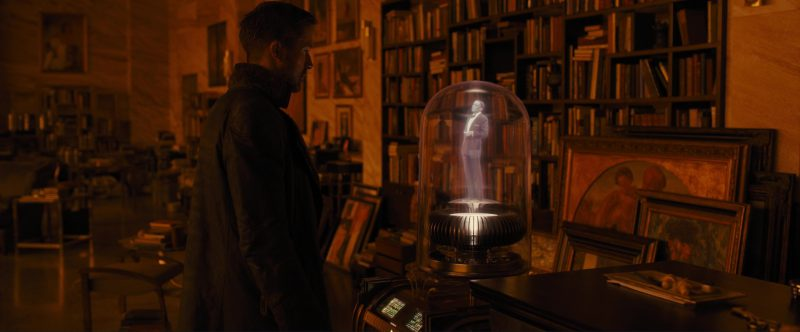 Sony Futuristic Holographic Video Jukebox With Frank Sinatra Used by Ryan Gosling in Blade Runner 2049 (2017) Movie Product Placement