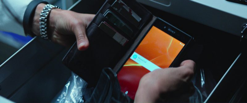 Sony Xperia Android Smartphone Used by Nina Dobrev in Flatliners (2017) - Movie Product Placement