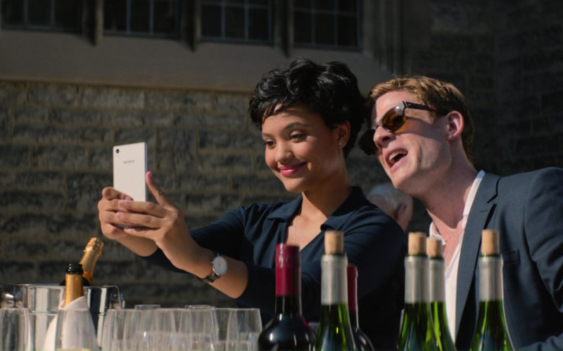 Sony Xperia White Smartphone Used by Kiersey Clemons in Flatliners (4)