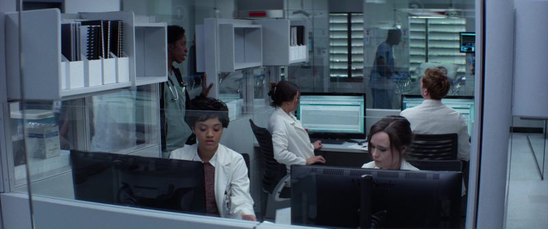 ViewSonic Monitors Used by Kiersey Clemons and Ellen Page in Flatliners (2017) Movie Product Placement