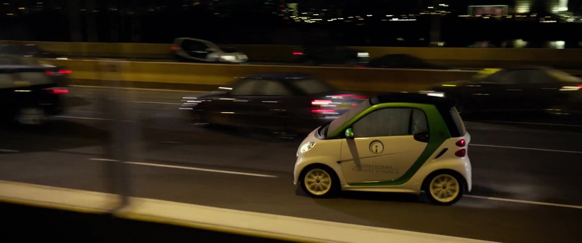 Smart Fortwo Electric Drive Car Used By Daniel Wu In