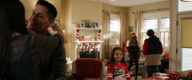 Chicago Bulls Girls Sweater in A Bad Moms Christmas (2017) Movie Product Placement