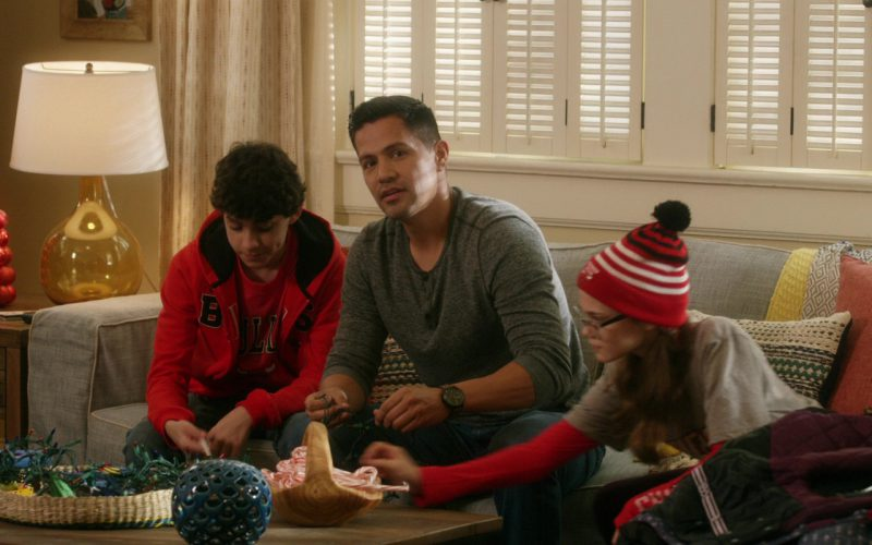 Chicago Bulls Red T-Shirt and Hoodie in A Bad Moms Christmas
