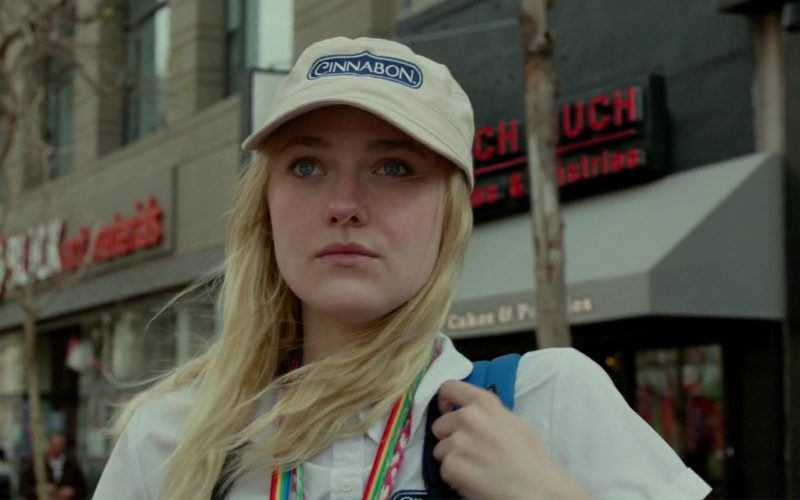 Cinnabon and Dakota Fanning in Please Stand By (1)