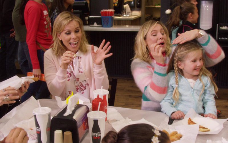 Coca-Cola And Coca-Cola Zero Paper Cups in A Bad Moms Christmas (1)