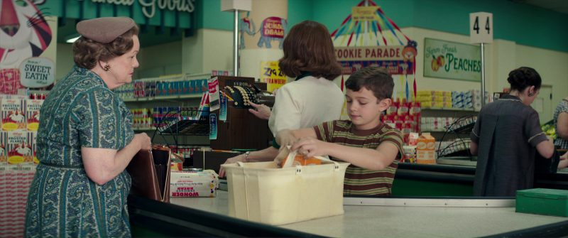 Kellogg's Cereals And Wonder Bread in Suburbicon (2017) Movie Product Placement