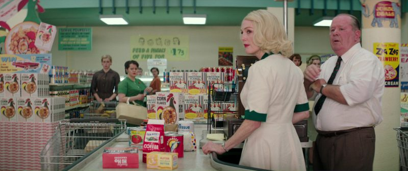 Kellogg's Corn Flakes and Frosted Flakes in Suburbicon (2017) Movie Product Placement