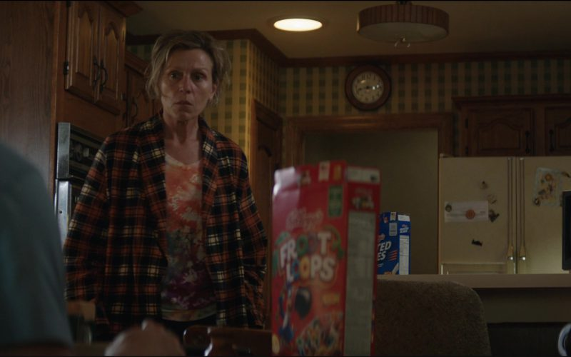 Kellogg's Frosted Flakes and Froot Loops Cereals in Three Billboards Outside Ebbing, Missouri (1)
