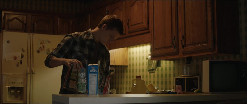 Kellogg's Rice Krispies Cereal in Three Billboards Outside Ebbing, Missouri (2017) Movie Product Placement