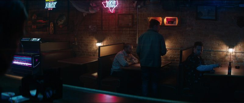 Molson Dry and Lone Star Beer Neon Signs in Three Billboards Outside Ebbing, Missouri (2017) Movie Product Placement