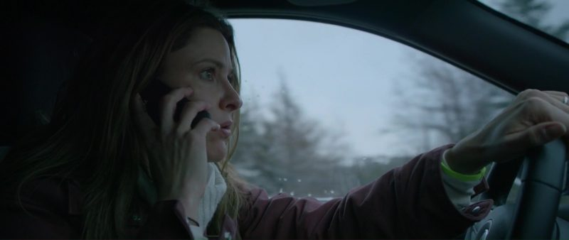 Motorola Phone Used by Jill Wagner in Braven (2018) Movie Product Placement