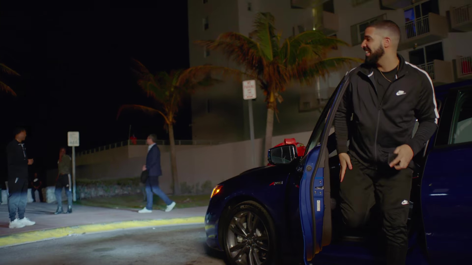 List Of Car Brands >> Nike Tracksuit Worn by Drake in God's Plan (2018) Official Music Video