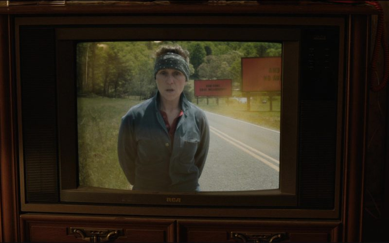 RCA TV in Three Billboards Outside Ebbing, Missouri (2017)