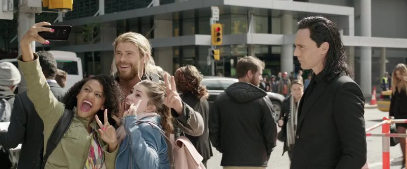 Samsung Galaxy S8 Plus Android Smartphone in Thor: Ragnarok (2017) Movie Product Placement